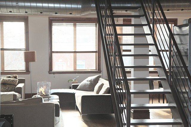 escalier intérieur d'un appartement