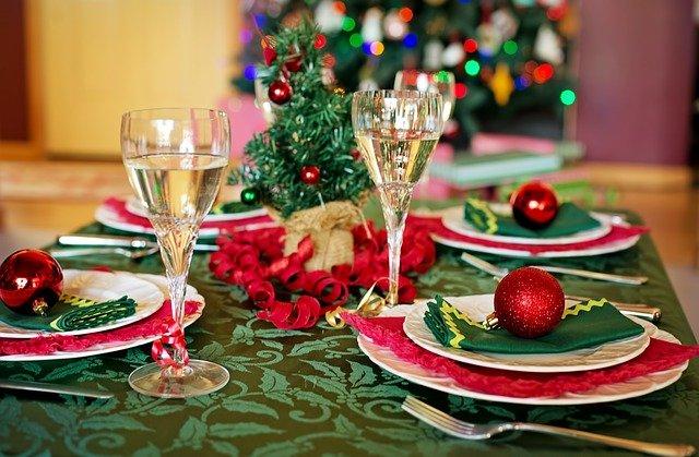 une table dressée pour Noel